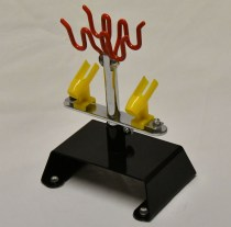 Airbrush stand for spraying holds up to 4 airbrushes